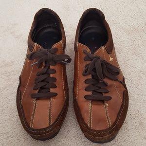 Pikolinos leather athletic shoe size 42